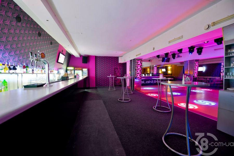 Ночной клуб галактика в николаев в ночном клубе